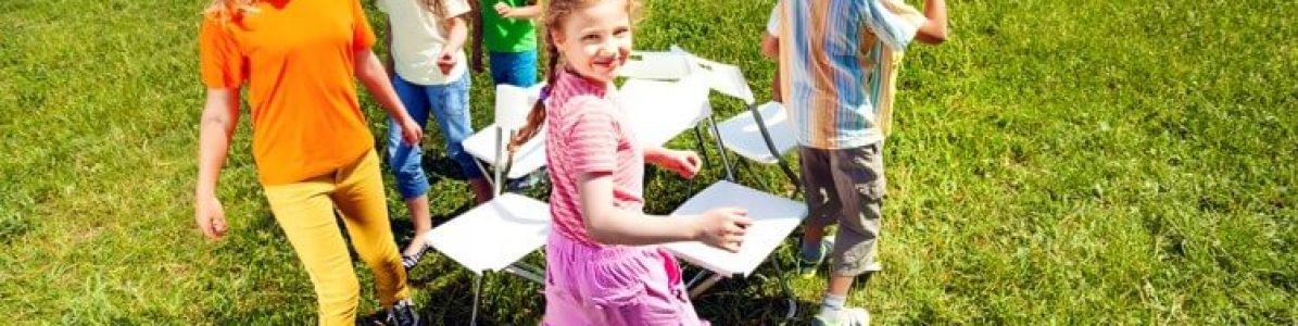 7 brincadeiras antigas para a criançada se divertir