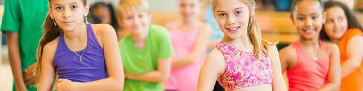 4 brincadeiras com dança para animar as crianças