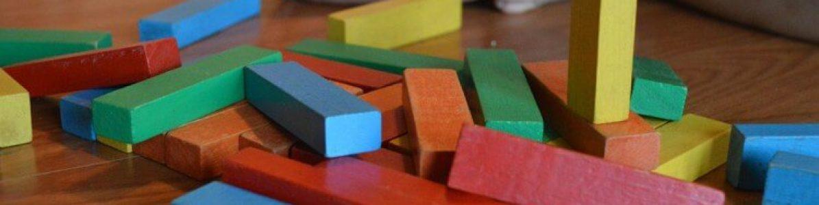 5 ideias de brinquedos Montessori