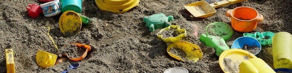 Vantagens de crianças brincarem na areia